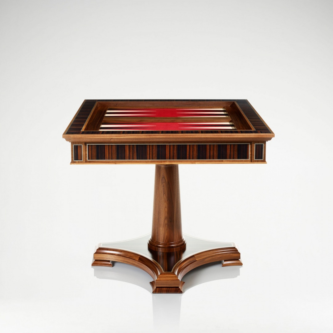 linley_classic_games_table_walnut_3.jpg