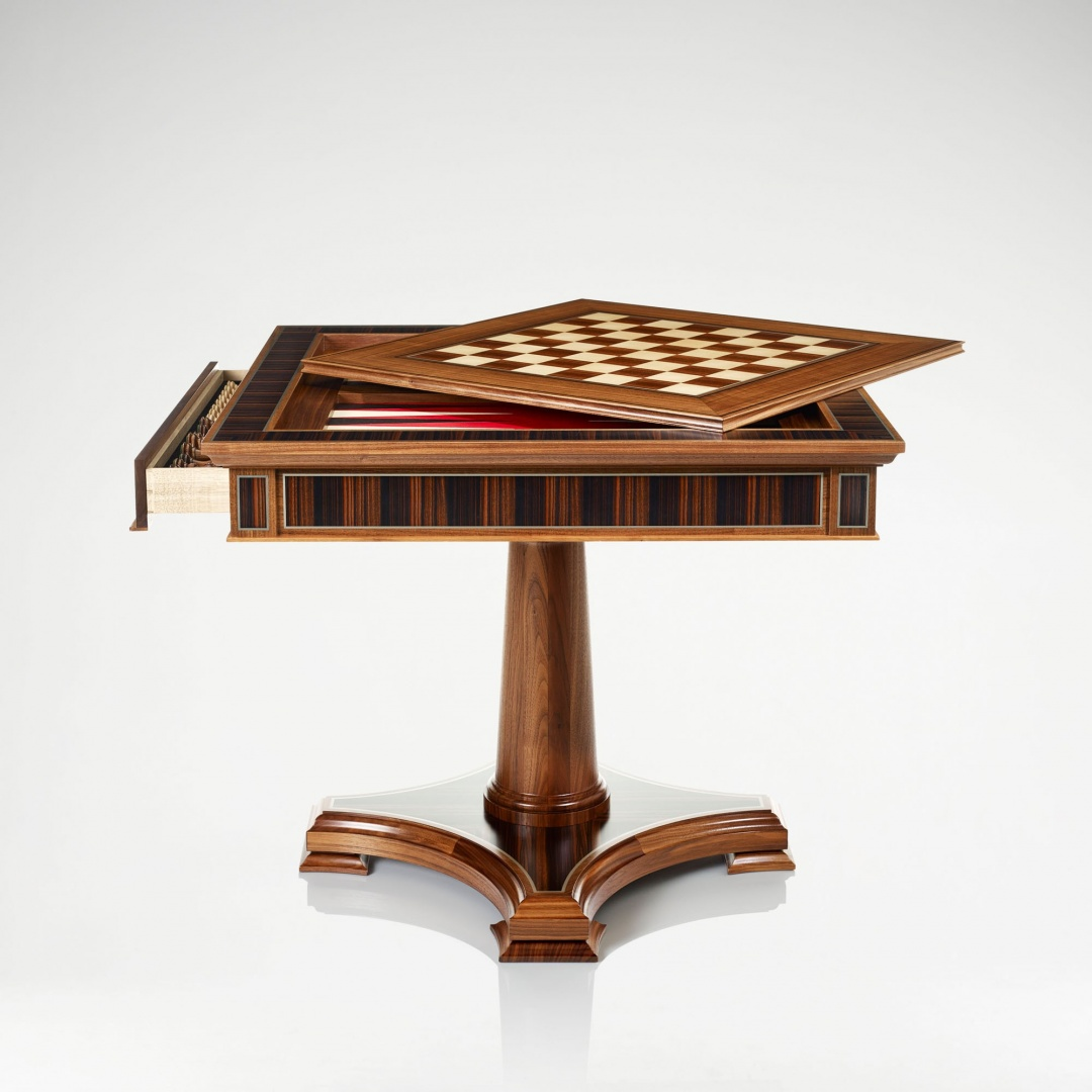 linley_classic_games_table_walnut_1.jpg