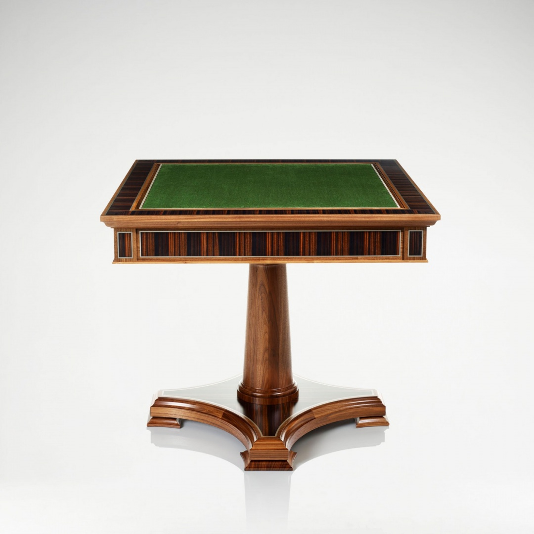 linley_classic_games_table_walnut_4.jpg